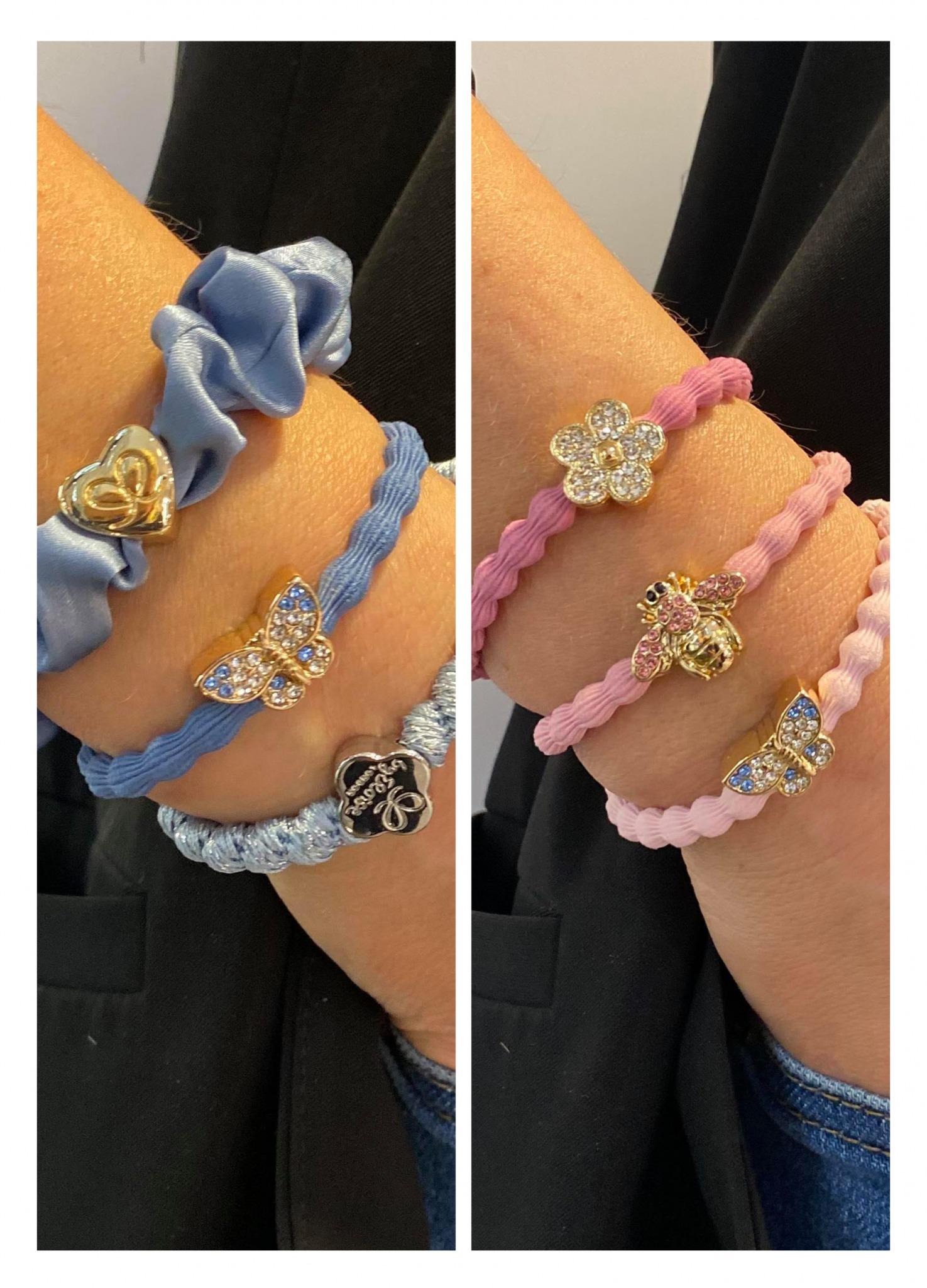 to bilder av håndledd pyntet med lekre hårstrikker som ser ut som armbånd